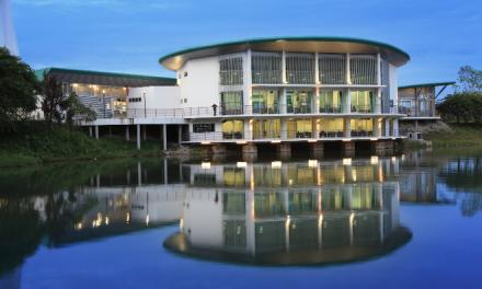 UNIMAS Student Pavilion designed by Arkitek Ong